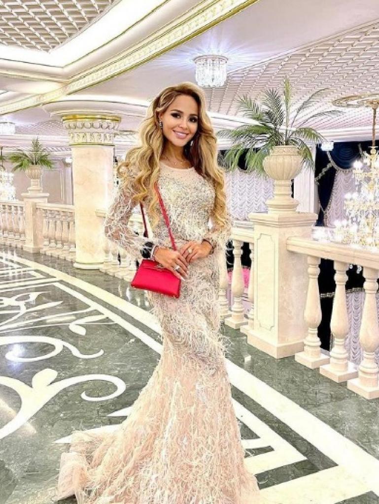И отдохнули, и о детях поговорили: Анна Калашникова рассказала о 3-недельном отдыхе в Дубае