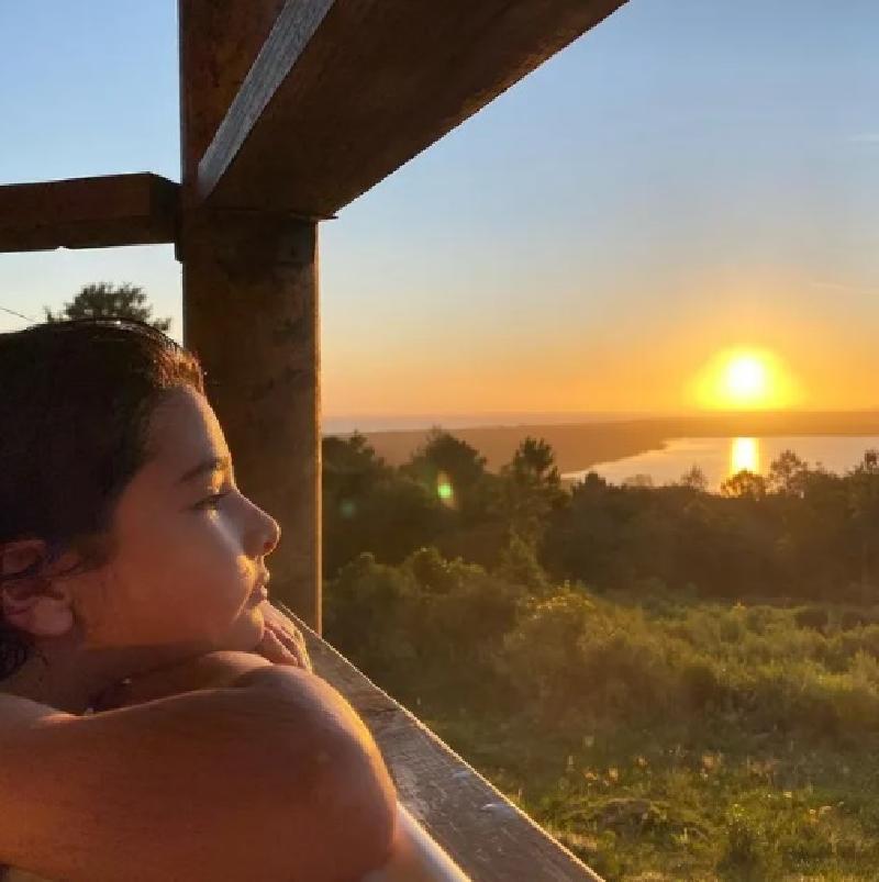"""""""В этот день ты выбрал меня своей мамой"""": Наталия Орейро в честь девятилетия сына поделилась архивными семейными кадрами"""