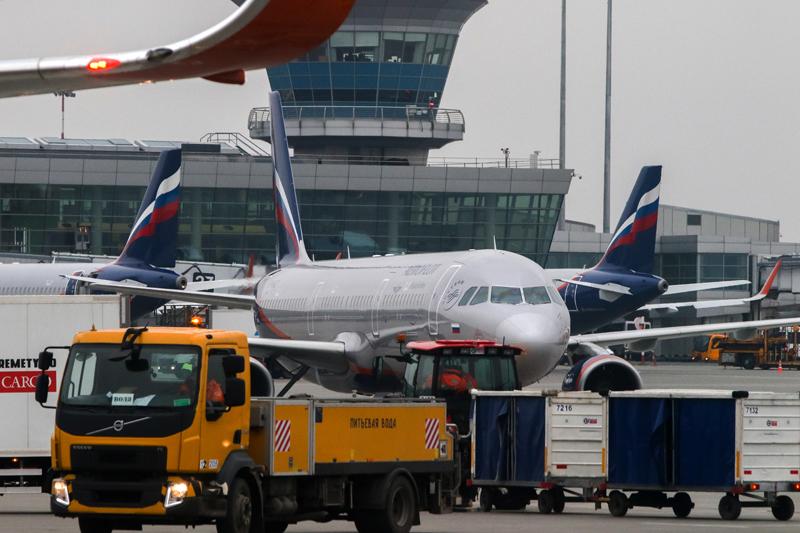 """Весна дома: """"Аэрофлот"""" отменил почти 90 регулярных международных рейсов"""