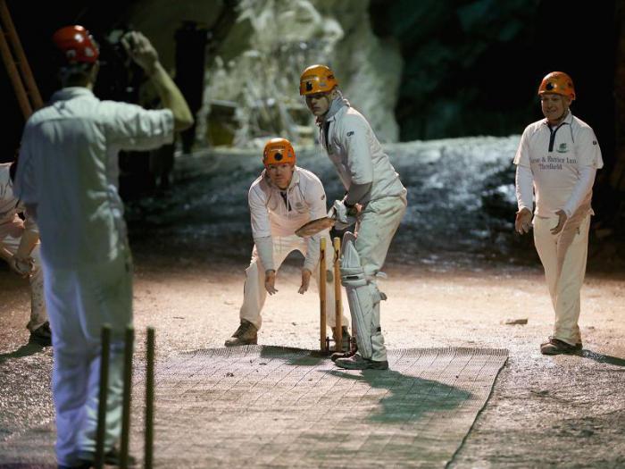 Крикет в шахте