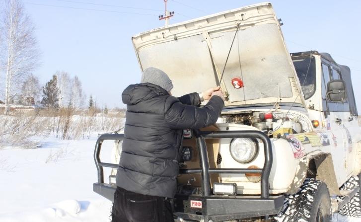 Россиянин модернизировал тридцатилетний УАЗ: теперь нигде не сможет застрять (фото)