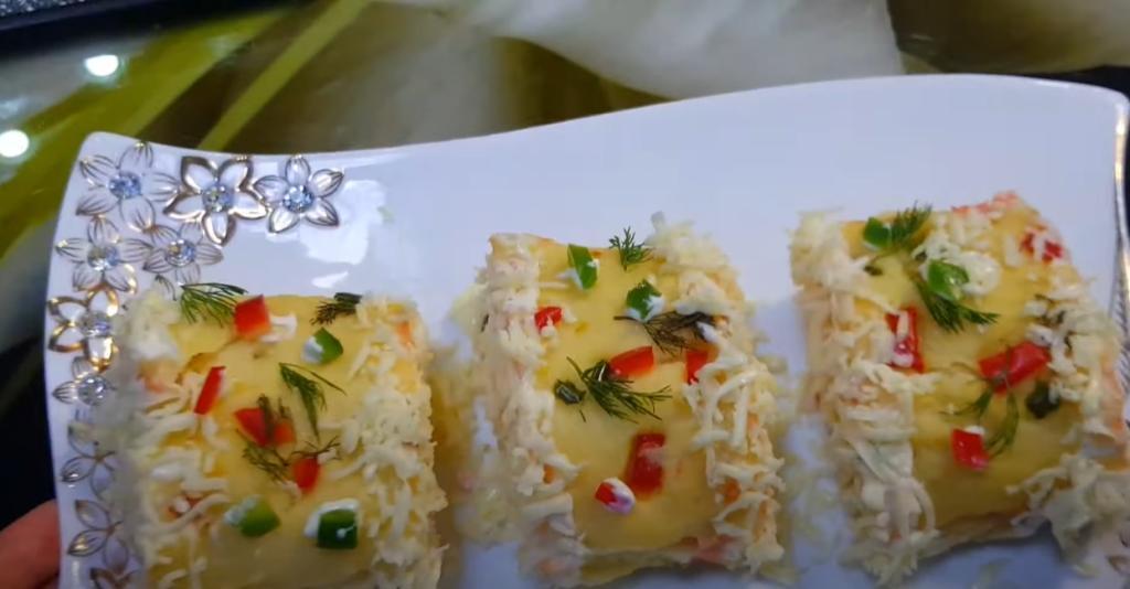 Картофельное пюре в новой интерпретации: приготовила гарнир в виде красивого рулета