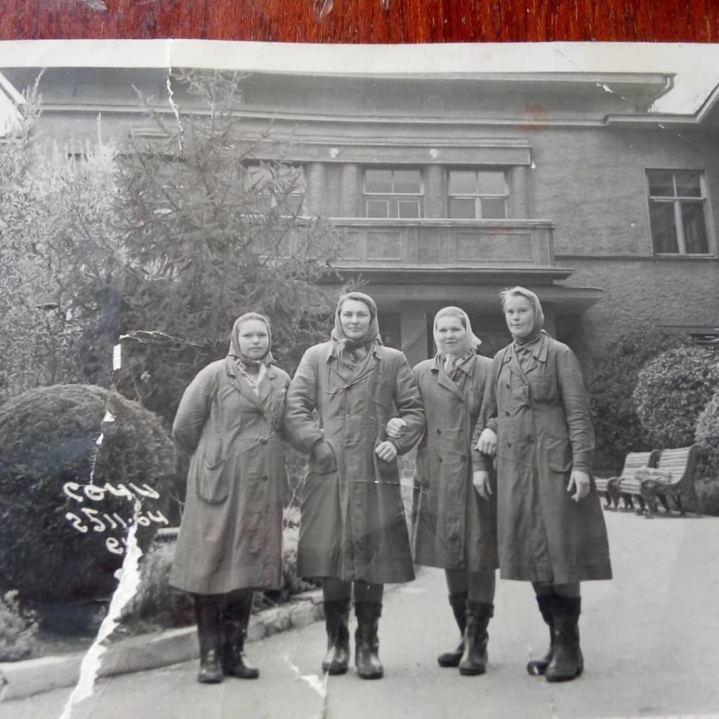 Как была обустроена дача Сталина в Сочи, которую он особенно любил (фото)