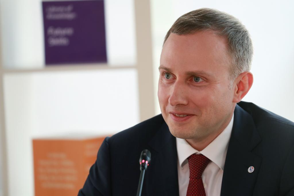 Аветисян Артем Давидович