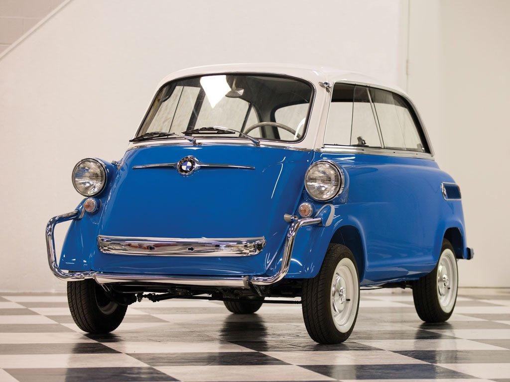 Послевоенный четырехместный автомобиль BMW 1958 года продают за 5,5 миллионов рублей (фото)