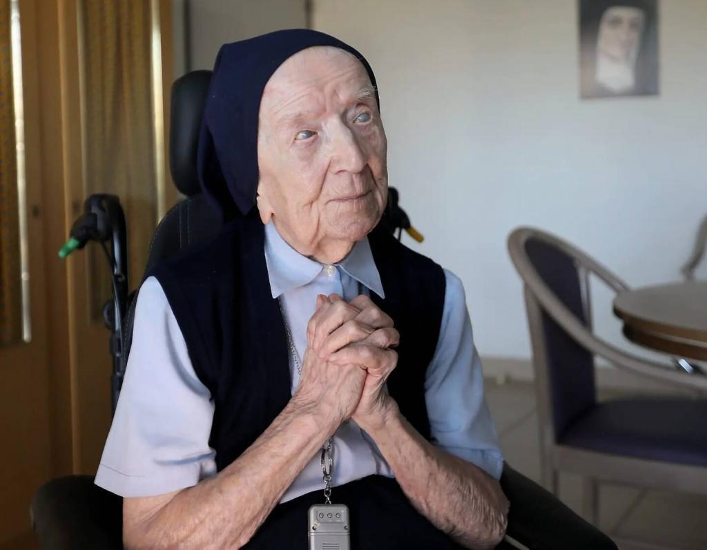 Коронавирус не приговор: во Франции болезнь победила пережившая две мировые войны Люсиль Рандон. Ей 116 лет