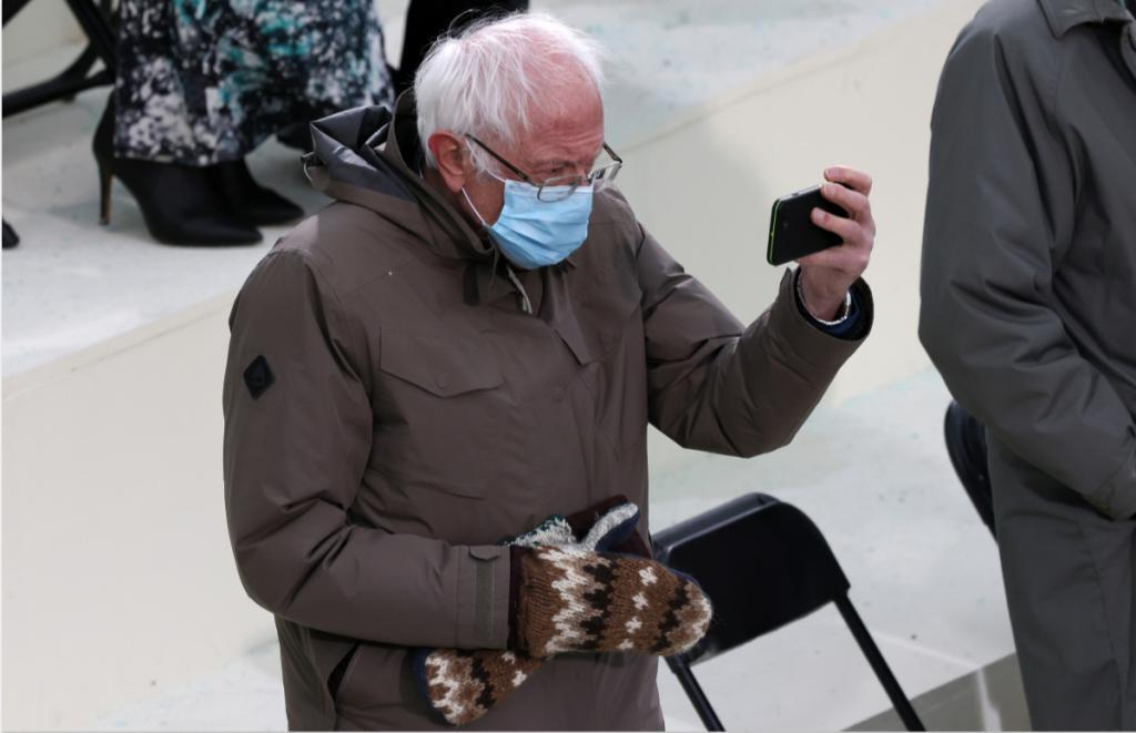 Журналисты выяснили, какую историю скрывают варежки Берни Сандерса, кто их связал и почему этот челвек просит больше не писать ему