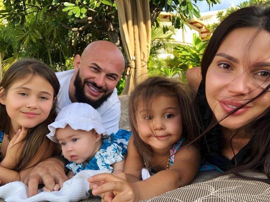 Она уверена в себе как в матери на все 100 %: Оксана Самойлова о том, хочет ли она еще детей