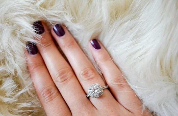 """Люди с более длинными """"мужскими"""" безымянными пальцами происходят из богатых семей, говорит новое исследование"""