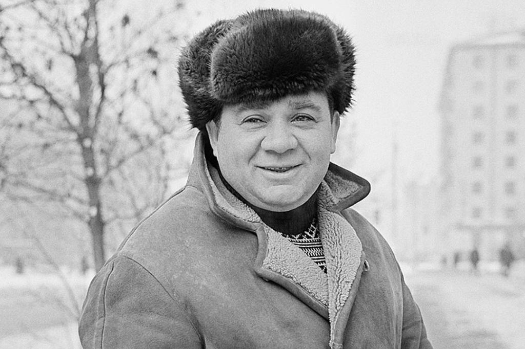 Когда Евгения Леонова спросили о ценностях жизни, он рассказал о формуле, по которой живет