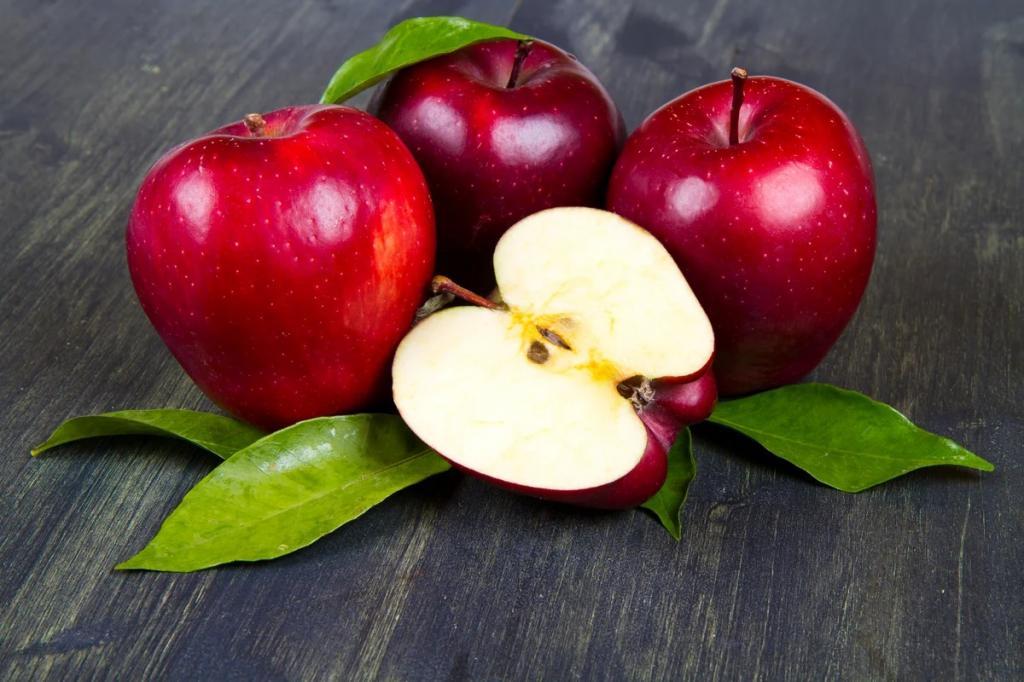 Яблоки способны активировать производство новых клеток мозга