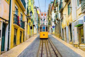 11 самых красивых европейских трамваев