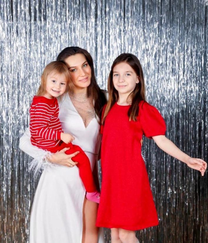 Как выглядит женщина, ради которой Константин Соловьев ушел из семьи: новые фото