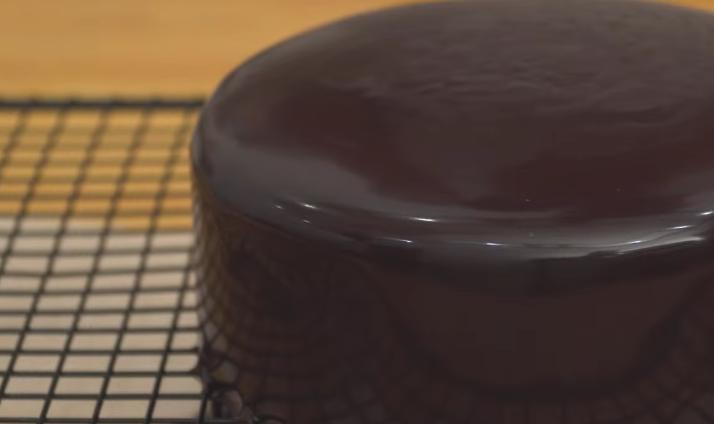 Аппетитный шоколадный чизкейк без выпекания с Oreo: для приятных уютных посиделок в кругу родных и друзей