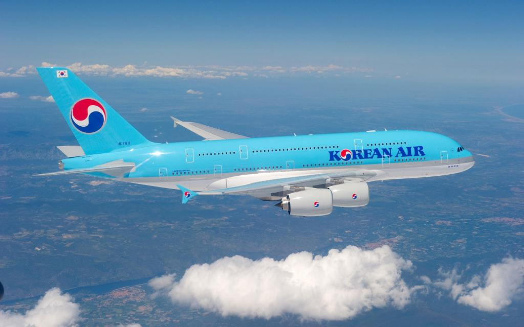 """Корейская авиакомпания начнет продавать билеты на """"полет в никуда"""""""