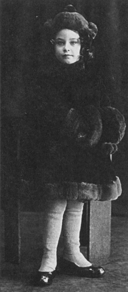 """В детстве дразнили пиявкой, а муж считал ее красивее Венеры: почему """"несоветская"""" красота Софьи Пилявской была никому не нужна"""