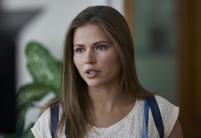 Актрисы российского кино, которые обладают прекрасной внешностью, но почему-то их редко включают в рейтинги красоты