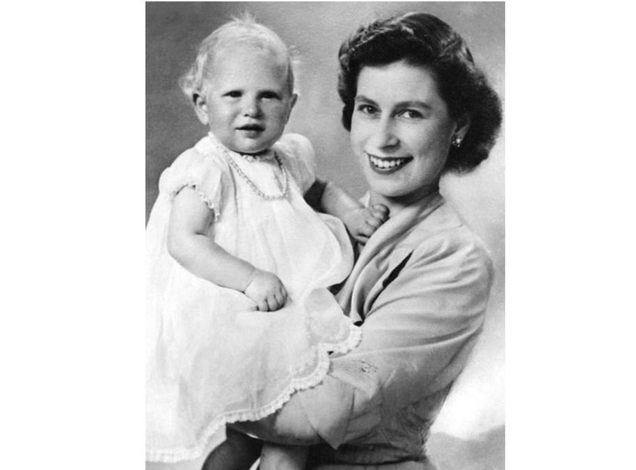 Выбор имен для детей - непростая задача для королевской семьи. Традиции видоизменяются с каждым поколением