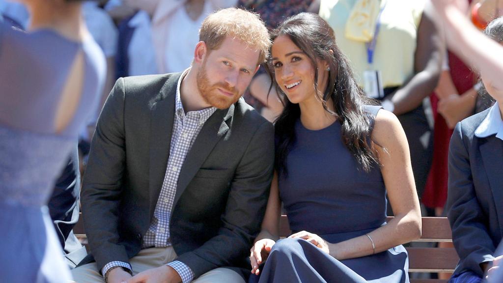 Меган и Гарри ждут второго ребенка: история романтической фотографии знаменитой пары