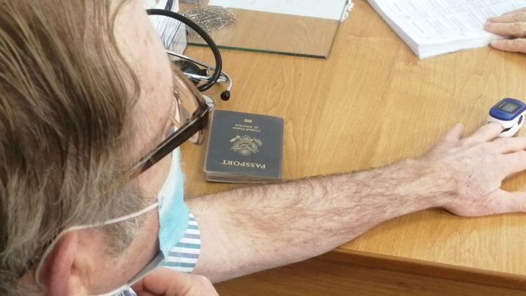 Гражданин США стал первым иностранцем, сделавшим прививку от коронавируса в Крыму