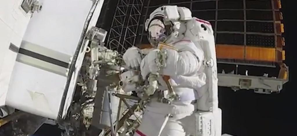 Разработанное компанией Boeing антимикробное покрытие, способное убивать бактерии и коронавирус, проходит испытания астронавтами на МКС