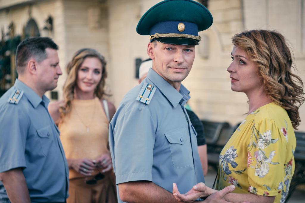 """В Геленджике сняли новый сериал: """"Курорт цвета хаки"""" выходит на Первом"""