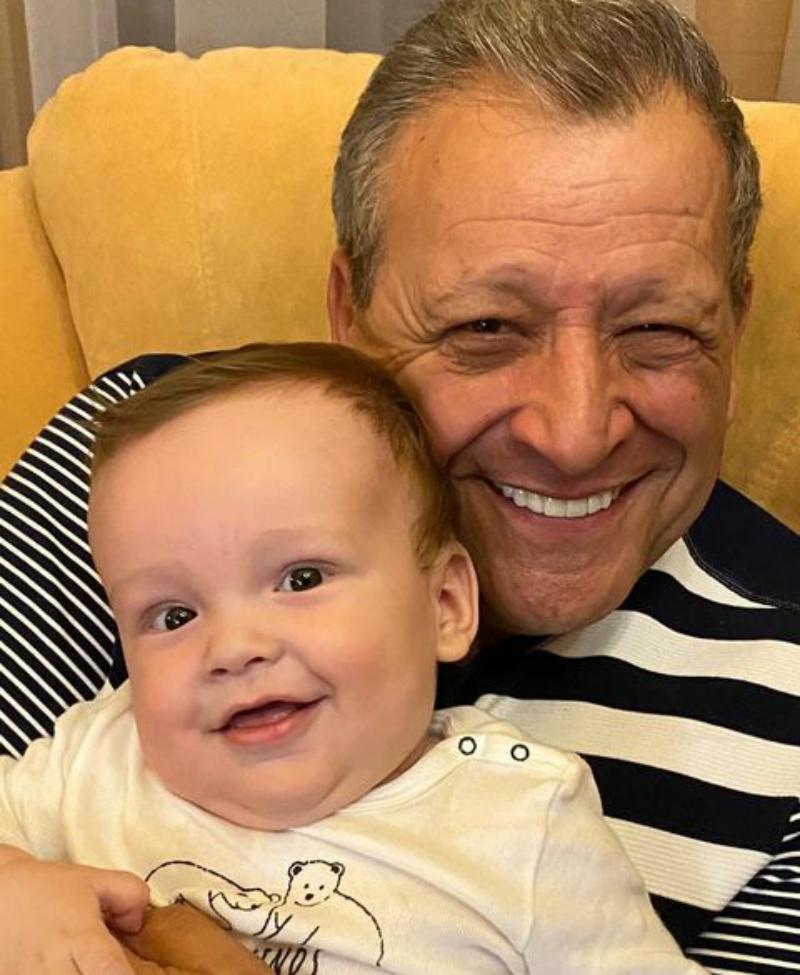 Вдова Бориса Грачевского показала последнее фото мужа с маленьким сыном