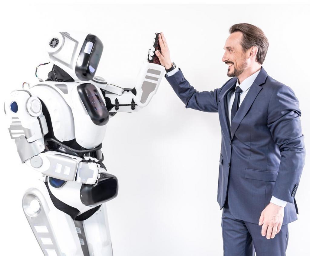 Можно ли дружить с роботами: ученые считают, что можно