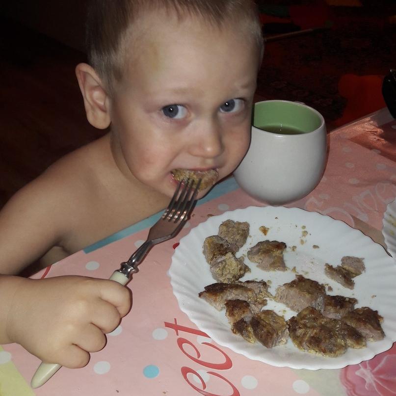 """""""Железо из мяса легче усваивается"""": диетолог объяснила, каким мясом лучше кормить ребенка"""