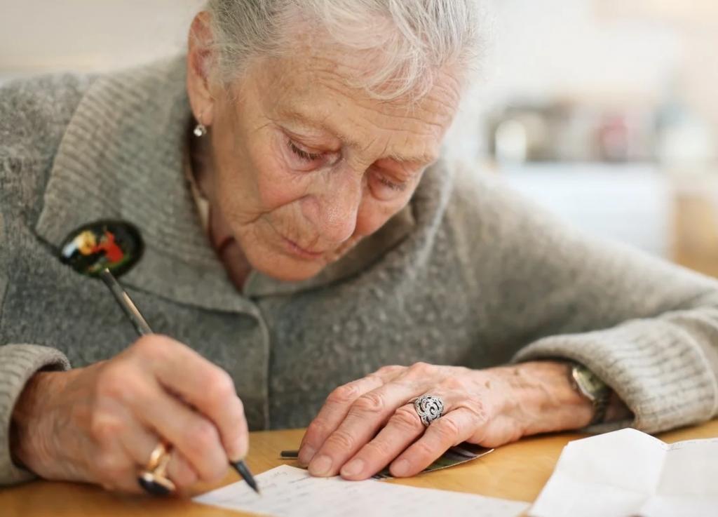 Яна нашла в старом доме бабушки неотправленные письма. Они перевернули ее жизнь