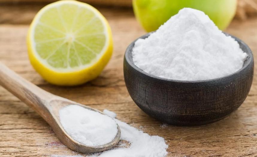 Простое средство отбелит зубы за неделю: потребуется всего 3 ингредиента