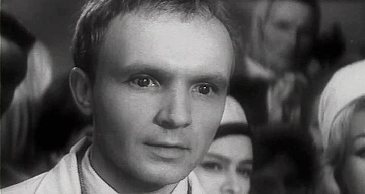 Новосельцева знают все, а как выглядел совсем молодой Мягков в своей первой роли