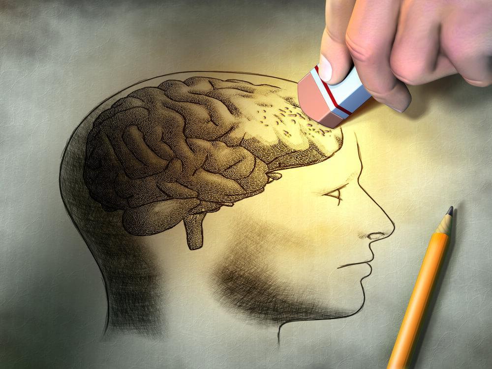 """Удаляем лишние мысли: ученые обнаружили 3 способа """"очистить"""" память"""