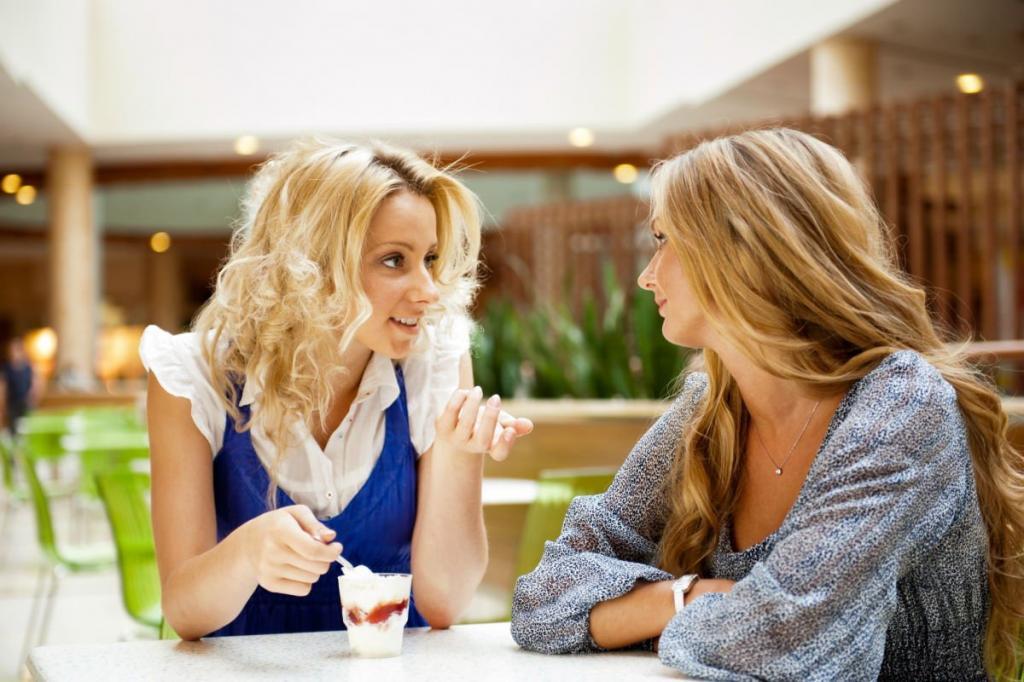 Познакомилась с первой женой своего мужа и спросила о причине развода. Ее ответ показался странным – осенило меня только через несколько дней