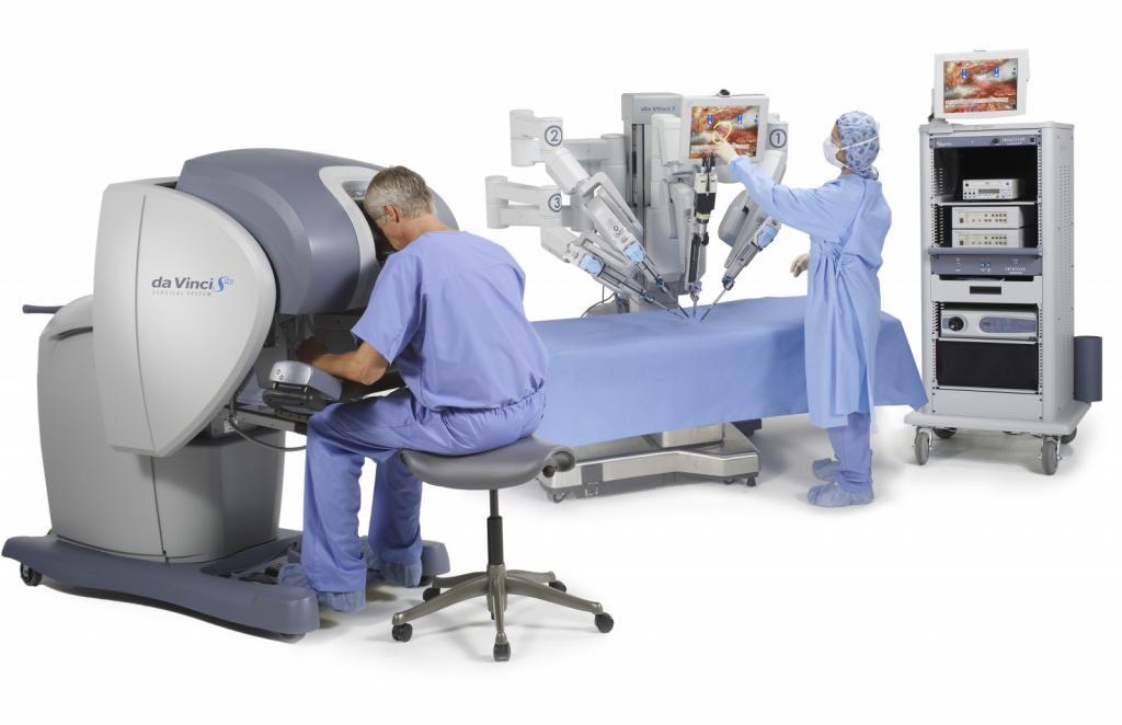 Джойстик вместо скальпеля: в Уфе впервые провели операцию ребенку с участием робота-ассистента