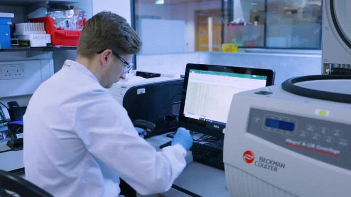 В Роспотребнадзоре рассказали, распространяются ли в России выявленные за границей штаммы коронавируса