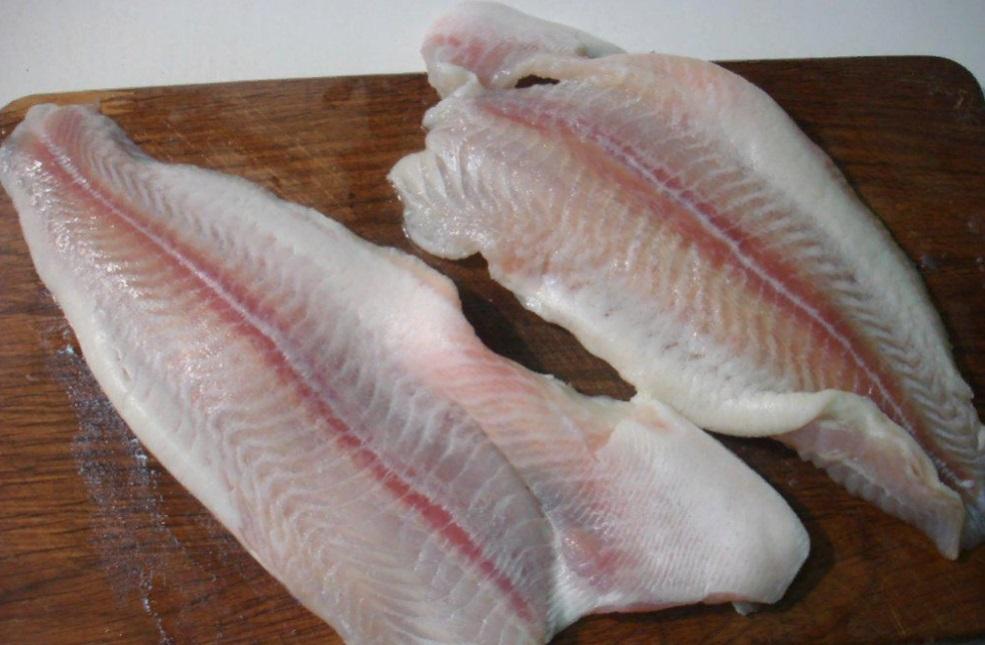 Почему нам продают только филе пангасиуса и как эта рыба выглядит целиком (фото)