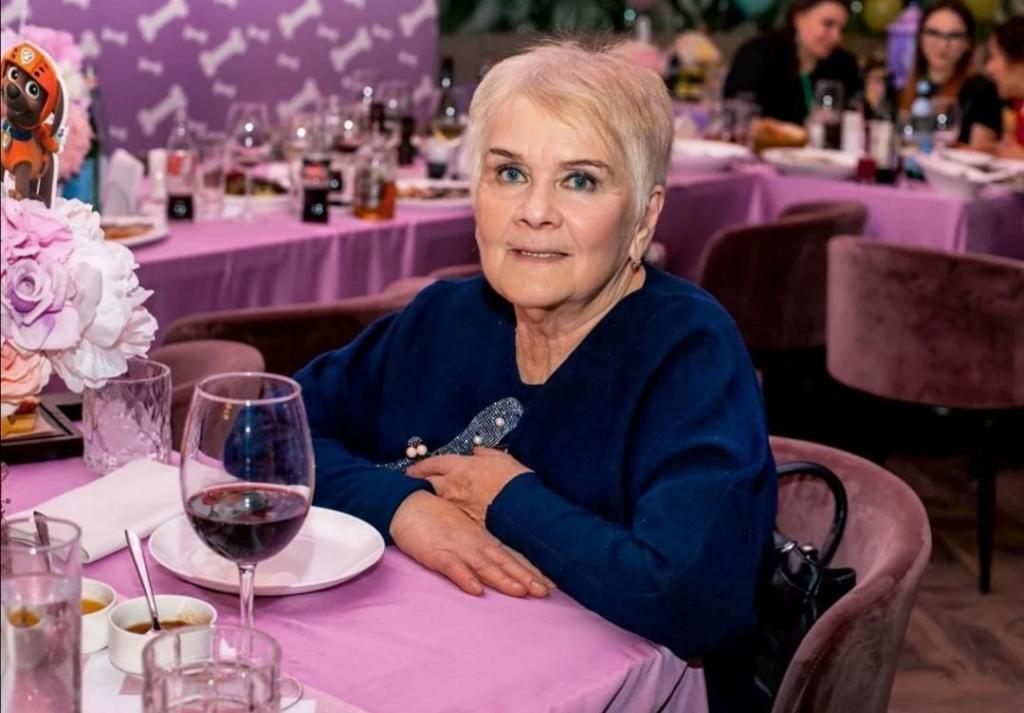 Бабушка Галя заменила Ксении Бородиной мать: сейчас ей восемьдесят четыре и она прекрасно выглядит