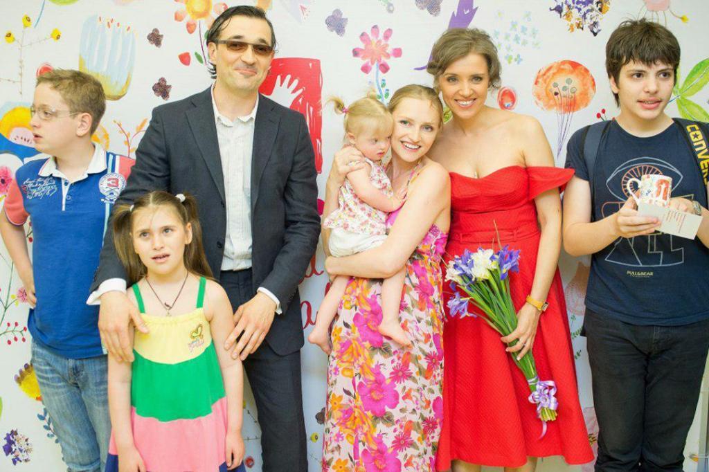 """""""За ним, как за стеной"""": актриса Ксения Алферова раскрыла секреты счастливого брака с Егором Бероевым"""