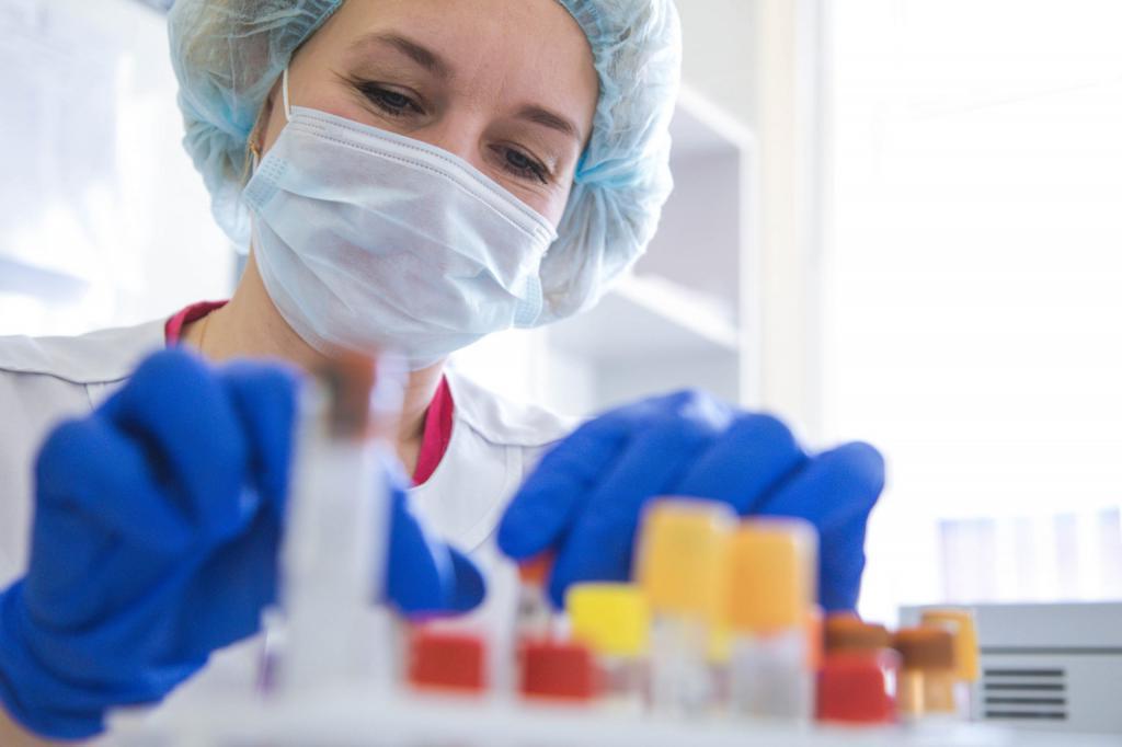 Россия до конца первого полугодия произведет 88 млн доз вакцин от коронавируса