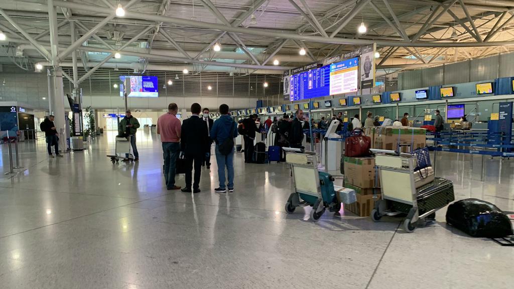 Греция продлила разрешение на въезд в страну до 500 россиян в неделю