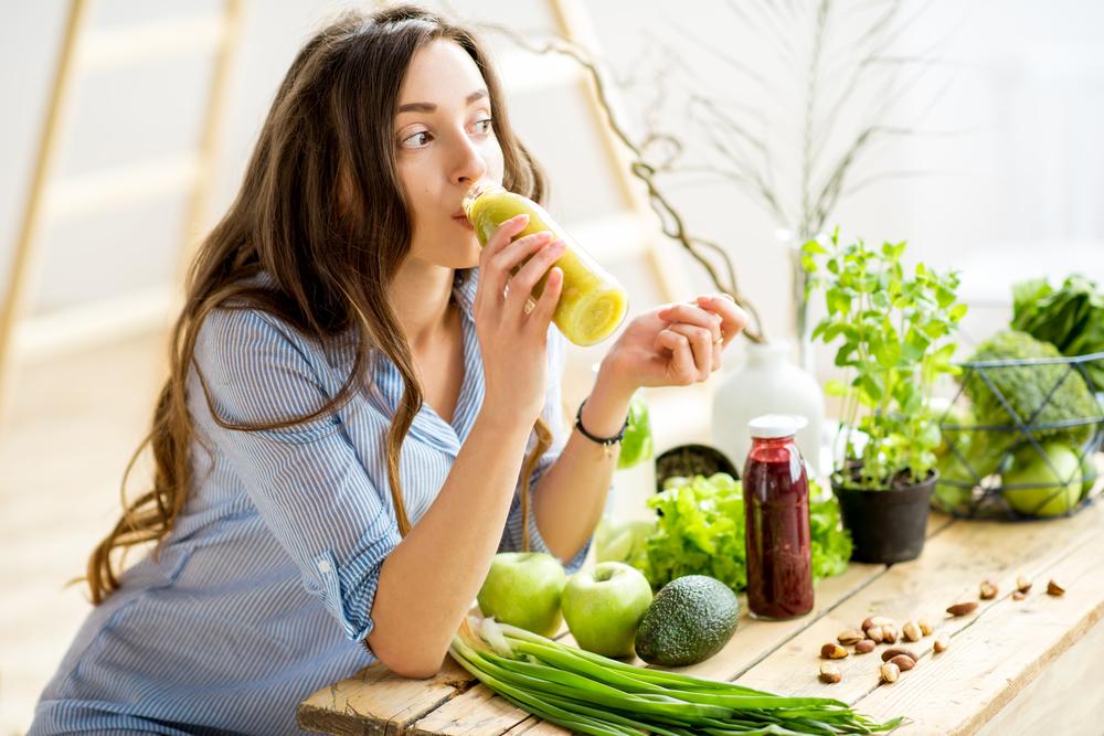 Решение - в количестве еды: диетолог дала советы по подготовке организма к весне