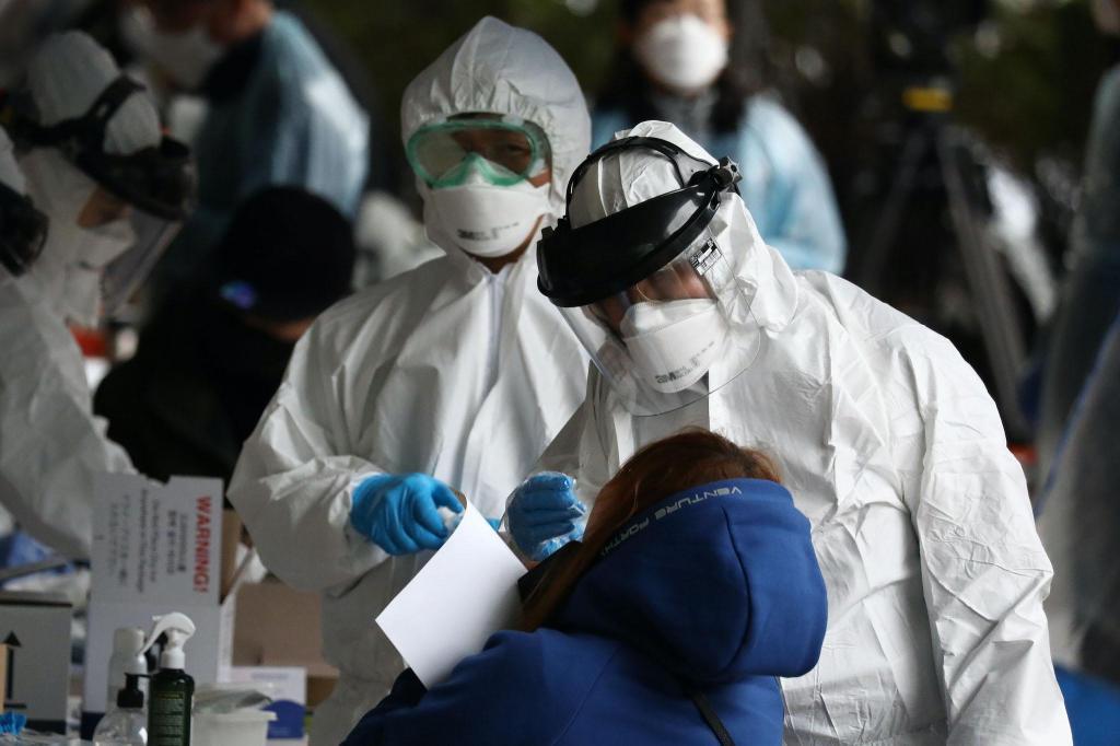 """""""Я уверен 99,9%, что коронавирус появился в китайской лаборатории"""": немецкий ученый провел собственное исследование"""