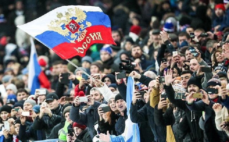 Непредсказуемость и излишняя эмоциональность: черты характера русских, которые часто раздражают иностранцев