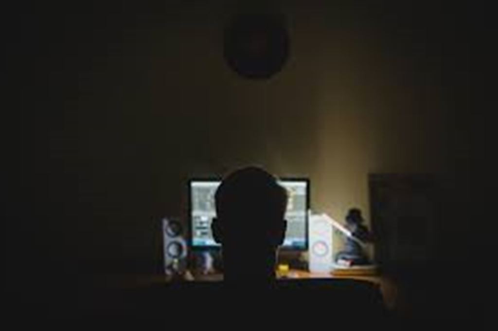 Три отрасли, наиболее уязвимые для кибератак в 2021 году. Что вызывает интерес хакеров