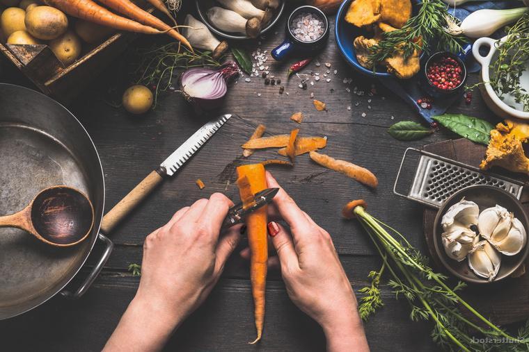 «Я перестала готовить по будням!»: как это решение улучшило качество жизни женщины и было выгодно с финансовой точки зрения