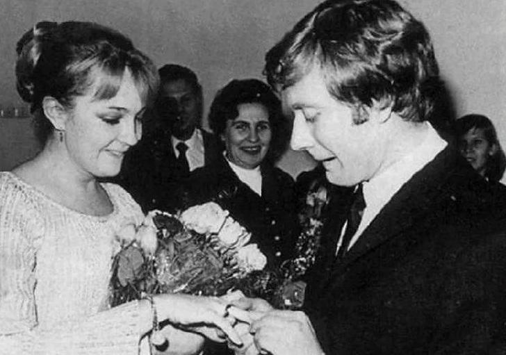 До конца жизни жалела, что не сохранила семью с Мироновым. Екатерина Градова и мужчина всей ее жизни