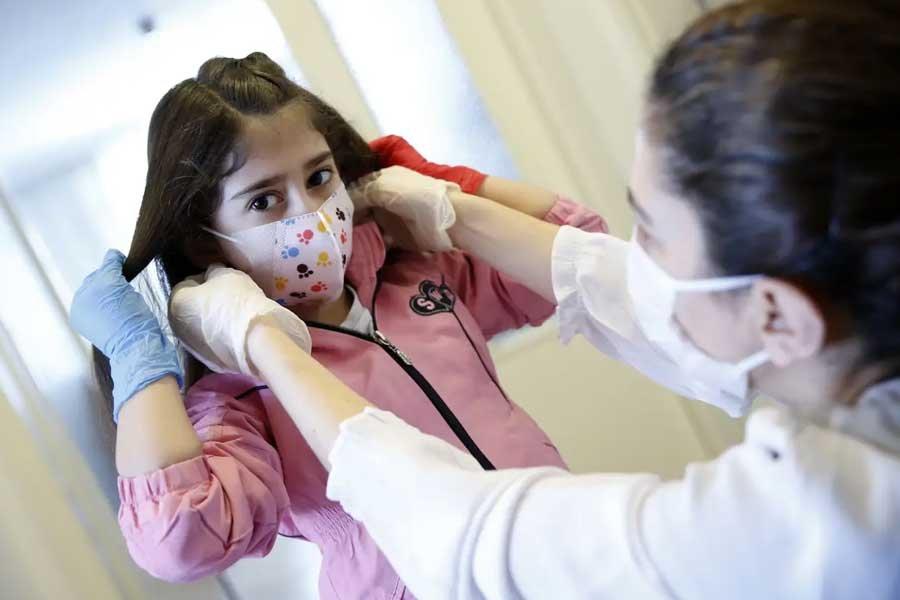 Бессонница, насморк: у переболевших коронавирусом COVID-19 детей найдены проблемы со здоровьем