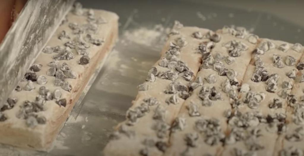 Домашний маршмеллоу со вкусом шоколада: можно кидать прямо в какао или кушать с кофе
