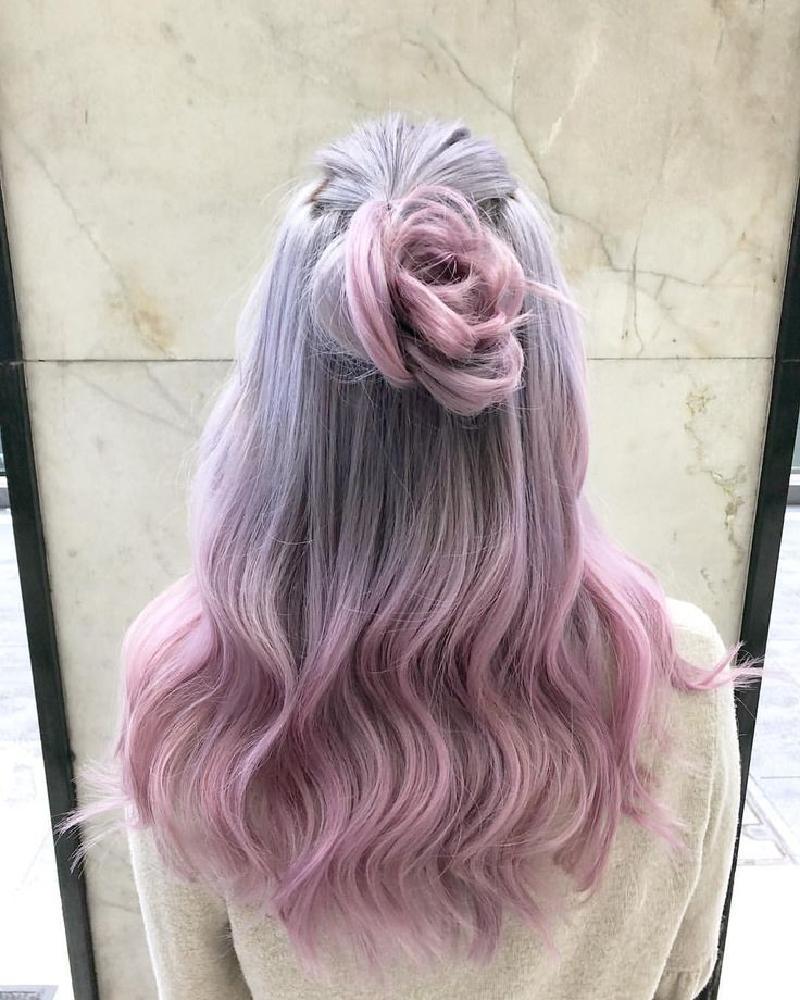 Красота лиловых переливов: фотографии докажут, что необычные оттенки на волосах смотрятся очень женственно и эффектно